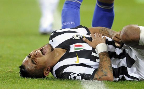 """Chuyển nhượng tối 6/8: Auturo Vidal """"từ chối khéo"""" Man Utd bằng... chấn thương"""