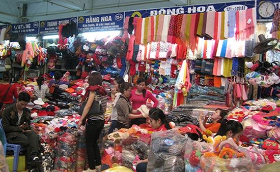 """Hàng Trung Quốc """"bao vây"""" hàng Việt"""