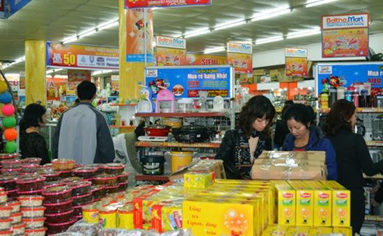 Hàng hóa phục vụ Tết Giáp Ngọ: Mức tiêu thụ tăng, giá tăng?
