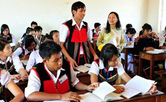 Đầu tư giáo dục miền núi - giảm tỷ lệ học sinh bỏ học