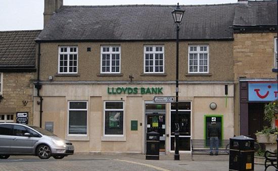 Anh tư nhân hóa ngân hàng thương mại lớn nhất Vương quốc