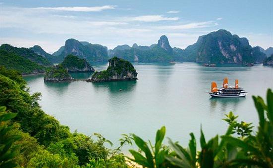 Vịnh Hạ Long được giới thiệu là vịnh đẹp nhất thế giới