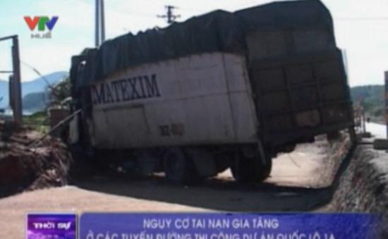 Nguy cơ tai nạn gia tăng ở các tuyến đường thi công dự án Quốc lộ 1A