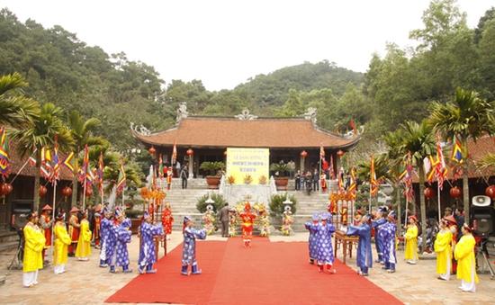 Ngày xuân du hội Côn Sơn – Kiếp Bạc