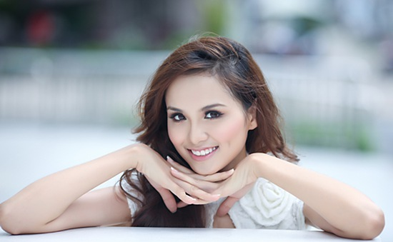 BTC cuộc thi HHTGNV 2010 lên tiếng về trường hợp của Hoa hậu Diễm Hương