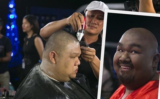 Gương mặt thân quen tập 10: Vương Khang cạo đầu, đeo râu giả giám khảo The Voice Mỹ