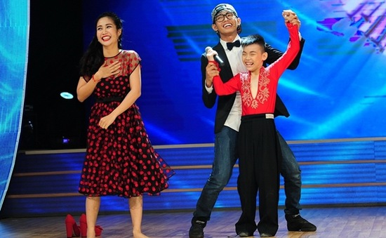 """Bước nhảy hoàn vũ nhí 2014 - tập 2: Ốc Thanh Vân sung sướng sở hữu """"người dơi"""" 10 tuổi"""