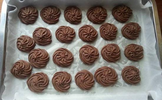 Thơm ngon bánh quy bơ cacao