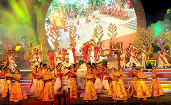 Lễ hội Xuân 2014: Tôn vinh giá trị văn hóa của dân tộc