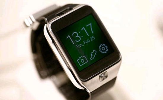 """Samsung """"bành trướng"""" thị trường smartwatch"""