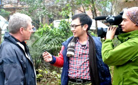"""BTV Hoàng Linh: """"Máu liều"""" giúp tôi hoàn thành phóng sự"""