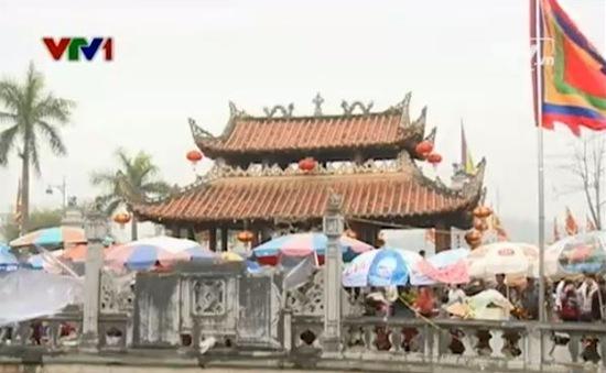 Video Tiêu điểm: Lễ hội đầu năm và những quan điểm tâm linh lệch lạc