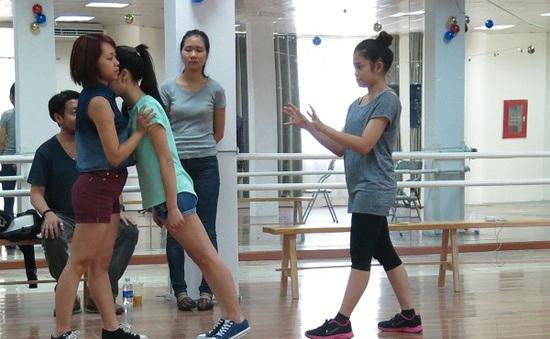 Cận cảnh buổi luyện tập trước liveshow 2 của thí sinh Sao Mai Điểm hẹn
