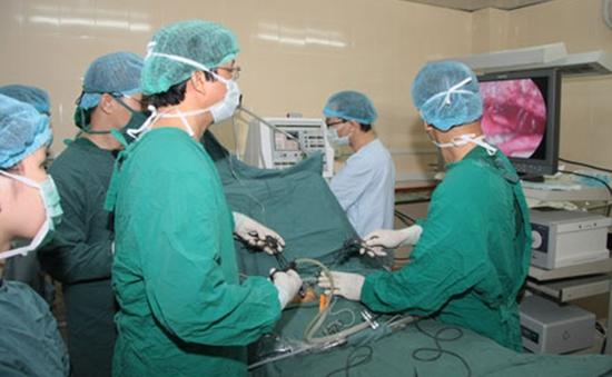 Phương pháp nội soi điều trị thoát vị cơ hoành ở trẻ sơ sinh