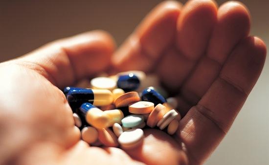 Ðề phòng tai biến khi dùng thuốc kháng giáp carbimazol