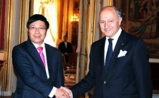 Bộ trưởng Ngoại giao Pháp thăm chính thức Việt Nam