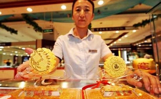 Trung Quốc: Cấm xa xỉ, bánh Trung Thu đắt tiền ế ẩm