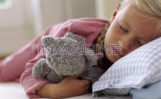 Làm thế nào cho bé ngủ riêng?