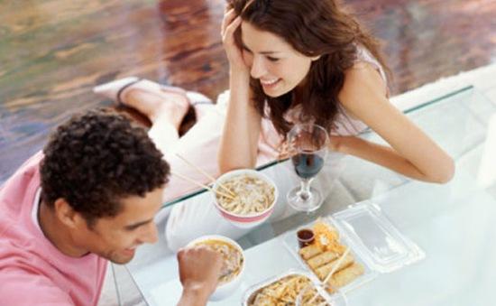Khi yêu, tránh bình luận về trọng lượng