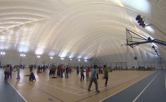 Mái vòm chống ô nhiễm tại trường học