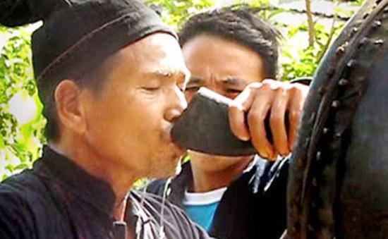 Rượu hoẵng - Đặc sản của dân tộc Dao Tiền