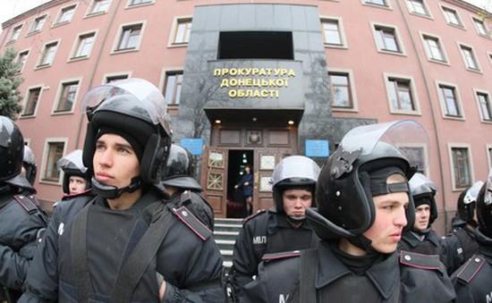 Ukraine: Căng thẳng tiếp tục leo thang ở phía Đông