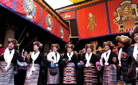Độc đáo lễ hội dành cho nam giới tại Tây Tạng