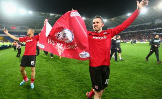 Cardiff City tưng bừng mở hội sau khi thăng hạng