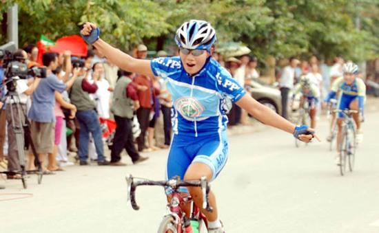 Giải đua xe đạp nữ quốc tế Bình Dương 2013: 11 đội tham dự