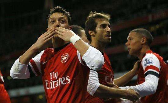 """Arsenal và phiên chợ mùa Đông: """"Pháo thủ"""" lặng lẽ!"""