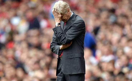Mất Walcott, Wenger thừa nhận Arsenal cần vung tiền mua sắm