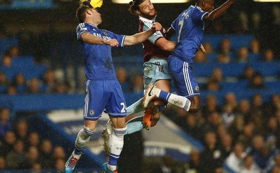 Chelsea 0-0 West Ham: Tấn công vô ích (VIDEO)
