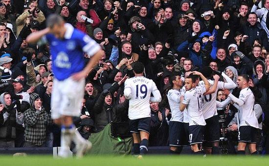 Tottenham 1-0 Everton: Spurs áp sát Liverpool (VIDEO)