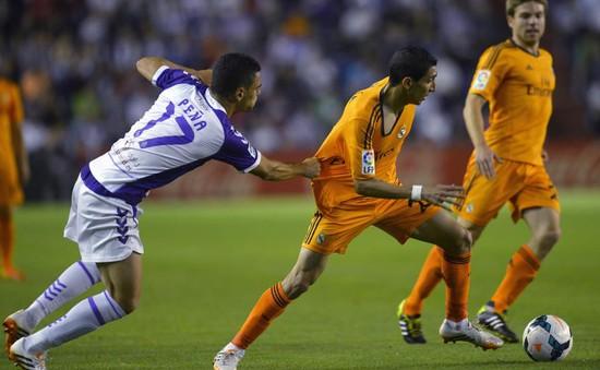 Hoà Valladolid, Real trao ngôi vương cho Barca và Atletico
