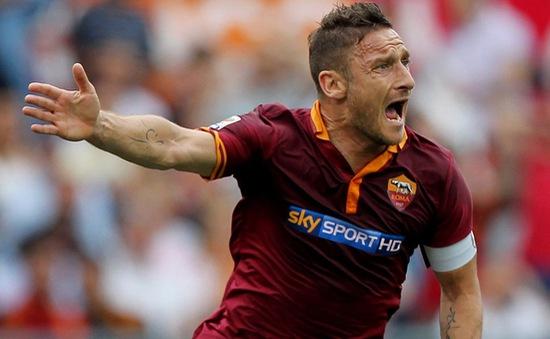 """World Cup 2014: ĐT Italia loại """"công thần"""" Totti, chia tay Toni và Gilardino"""