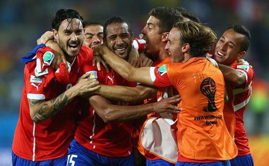 World Cup 2014: Đánh bại Australia 3-1, Chile giành ngôi nhì bảng B