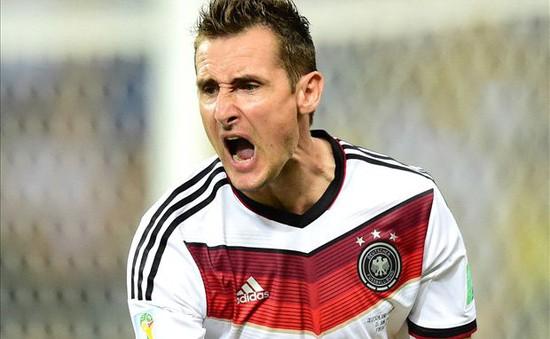 Miroslav Klose đi vào lịch sử World Cup