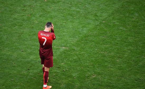 Cris Ronaldo: Chiến thắng, tiếc nuối và lệ rơi...