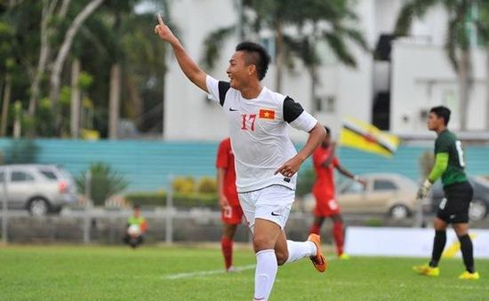 """U19 Việt Nam đại thắng U21 Singapore: HLV Guillaume khen ngợi """"truyền nhân"""" của Văn Quyến"""