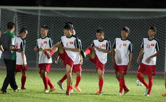 Thua Malaysia, HLV Guillaume không trách các học trò U19 Việt Nam