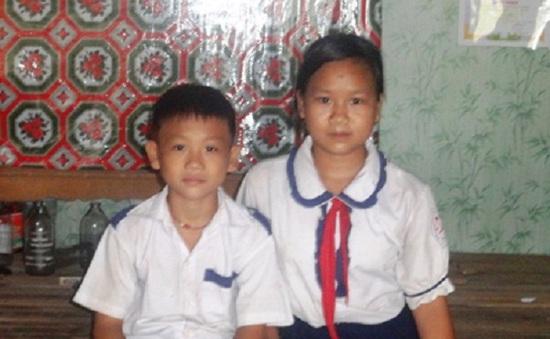 Cha mẹ qua đời, hai chị em thường xuyên nhịn đói đến trường