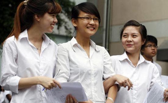 Nhiều trường công bố điểm chuẩn dự kiến