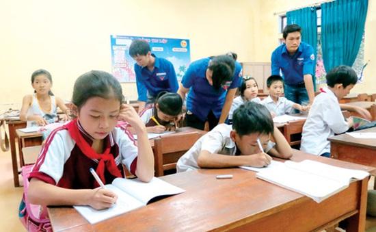Lớp học tình tương của những thầy cô giáo tương lai...