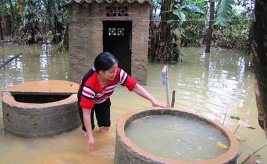 Gia Lai nguồn nước bị ô nhiễm nặng sau lũ