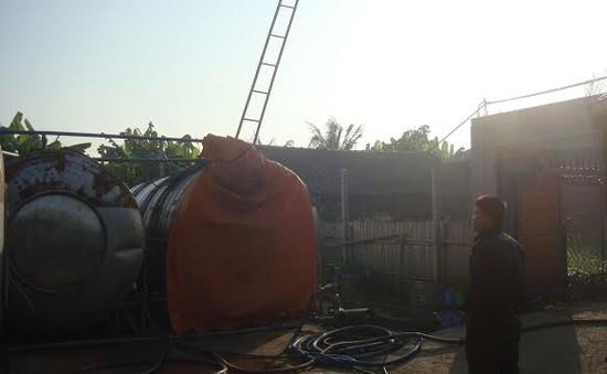 Kiểm tra bồn chứa dịch tôm, 4 người chết ngạt