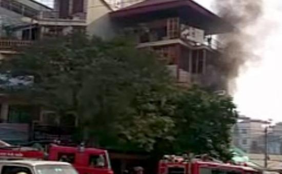 Cháy nhà bốn tầng ở Hà Nội, một người thiệt mạng