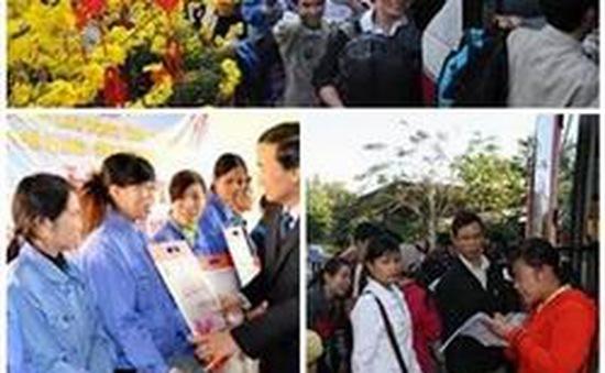 Nhiều địa phương hỗ trợ công nhân về quê ăn Tết