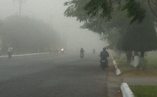 Sương mù bao phủ trung tâm TP Cần Thơ
