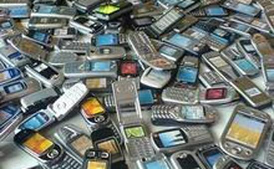 Từ 20/2/2014, cấm nhập khẩu điện thoại di động, máy tính xách tay cũ