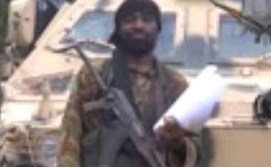 Boko Haram dọa bán và đối xử như nô lệ với khoảng 300 nữ sinh đã bắt cóc